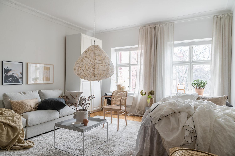 A Serene Scandinavian Studio Apartment