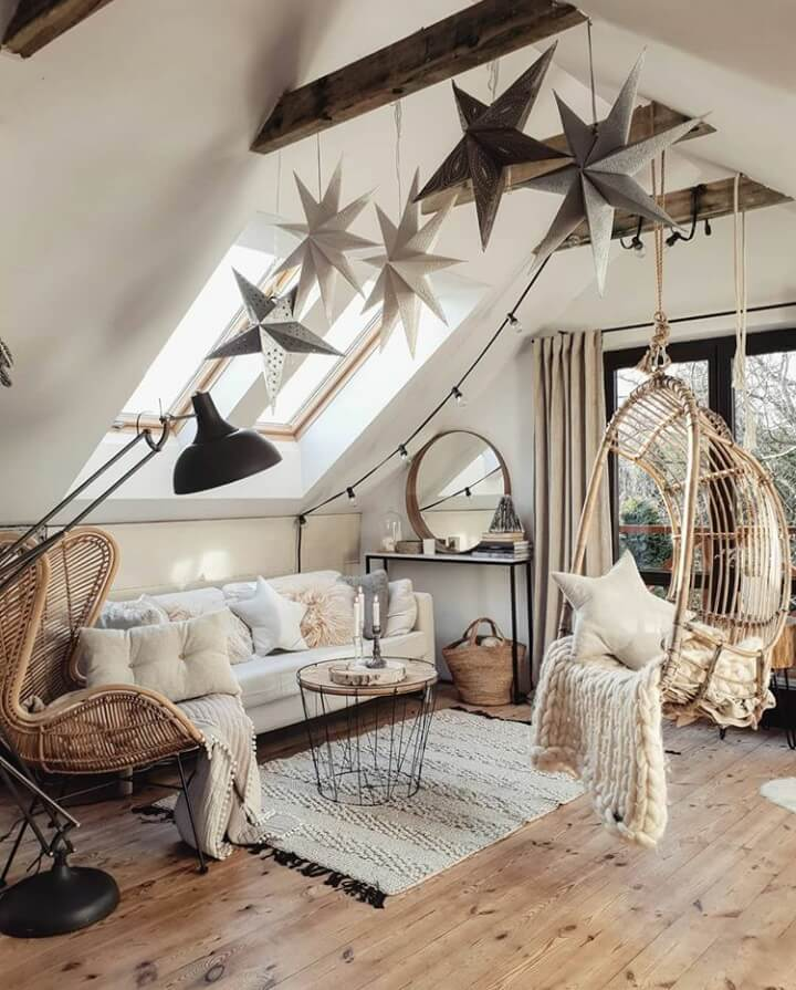 A Cozy Home With A Hint of Christmas
