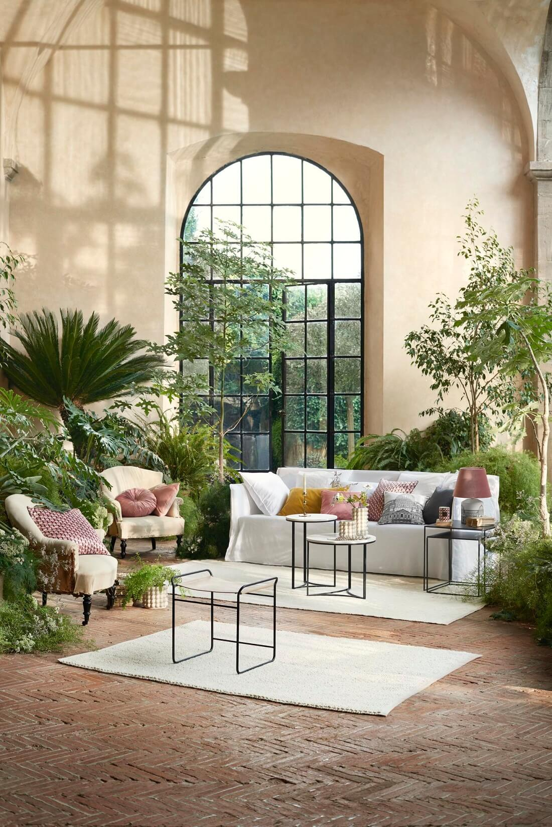 Floral Patterns and Pastel Colors in the H&M Home Spring Collection