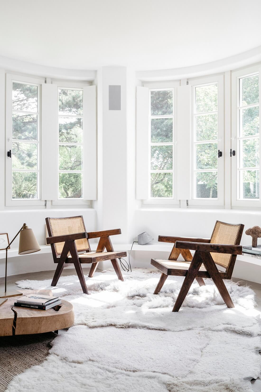 White & Wood in a Beautiful Summerhouse in Belgium