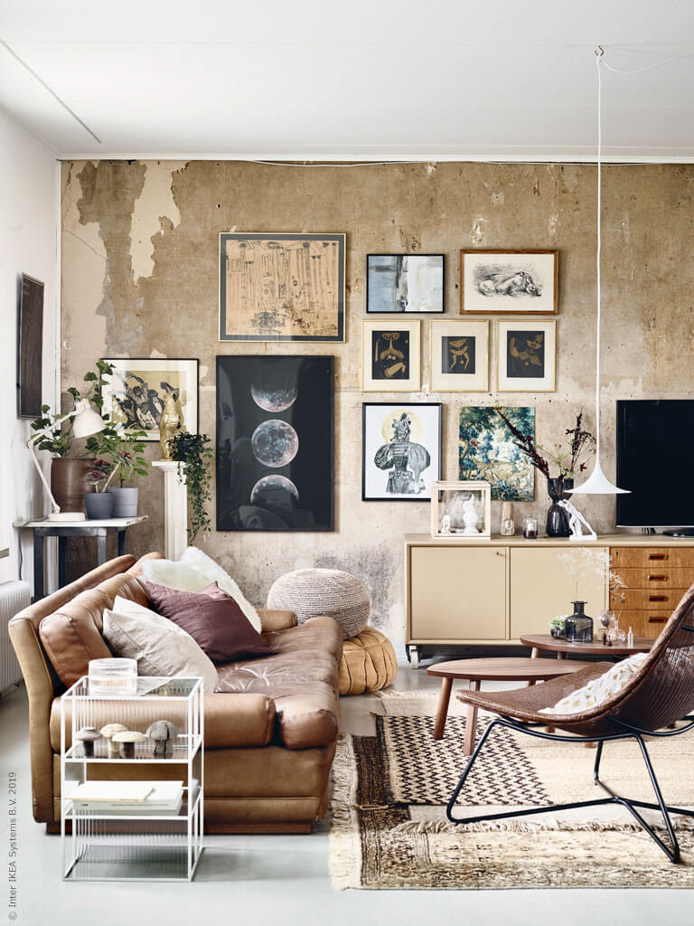 A Stunning Art-Filled Living Room with Eye-Catching Walls