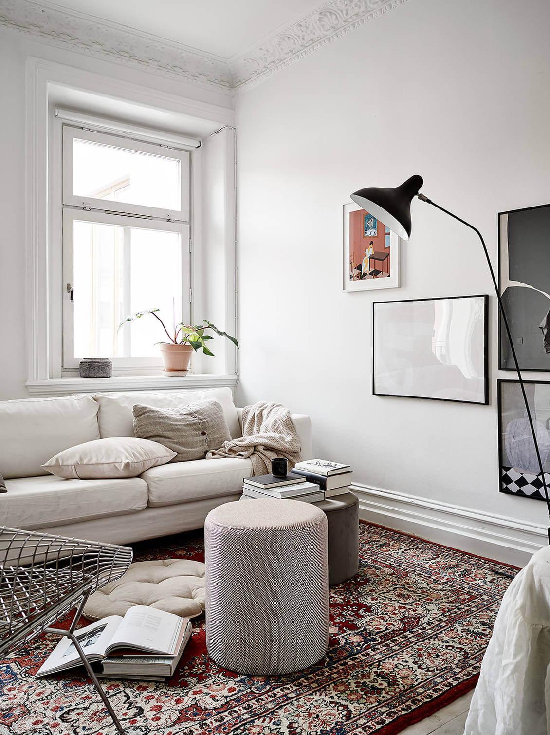 A Calm Scandinavian Studio Apartment