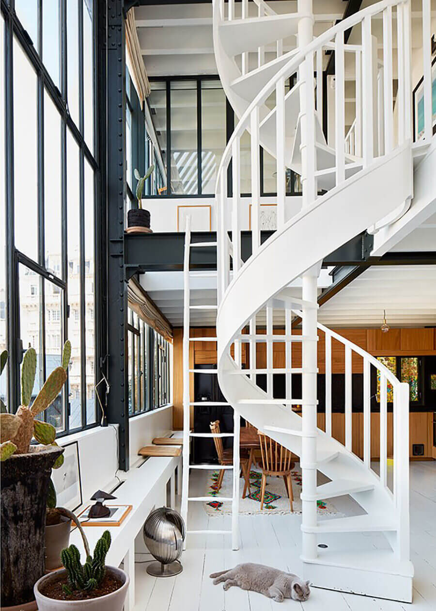 A Painter's Dream: A Light-Filled Loft Apartment in Montmartre
