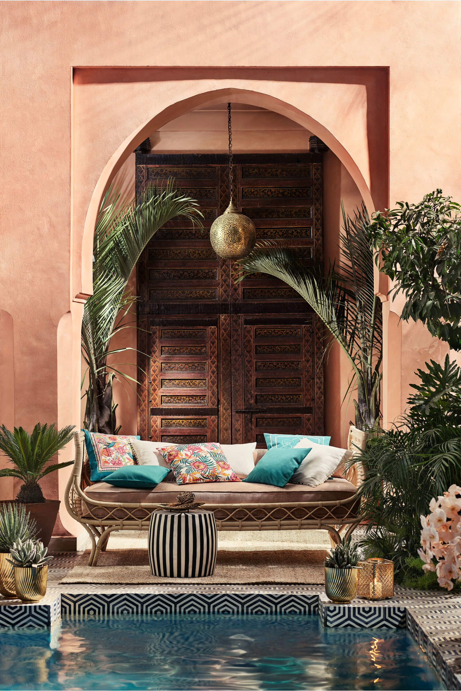 Colorful Opulence In The H&M Home Summer Collection 2019