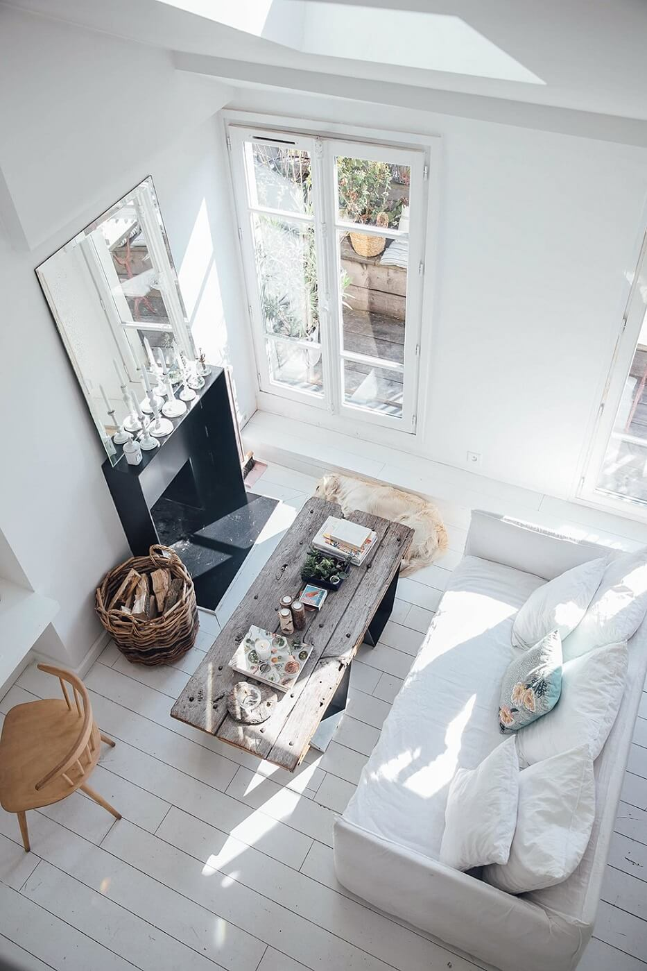 A Serene Apartment With A Perfect View Over Paris