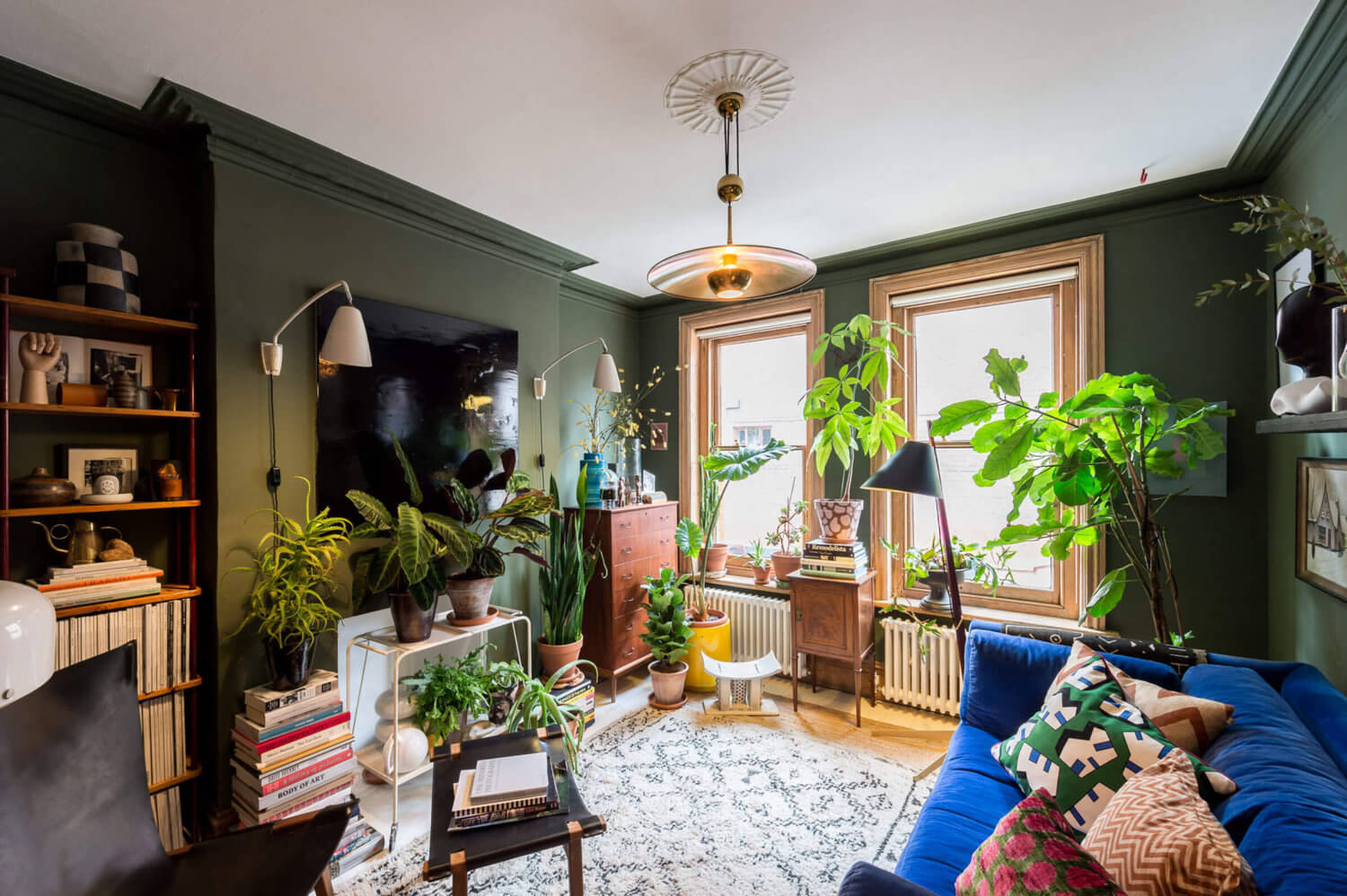 The Color-Blocked London Home of Interior Stylist Laura Fulmine
