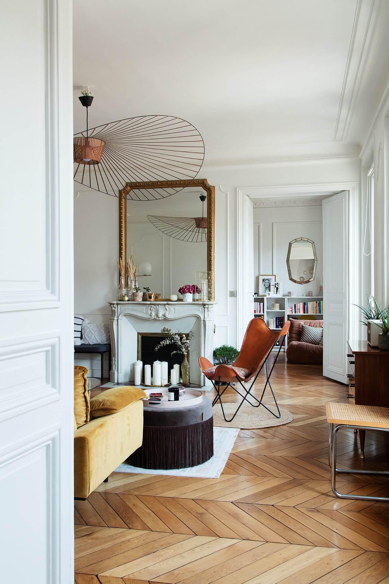 A Stylish Haussmannian Apartment in Paris