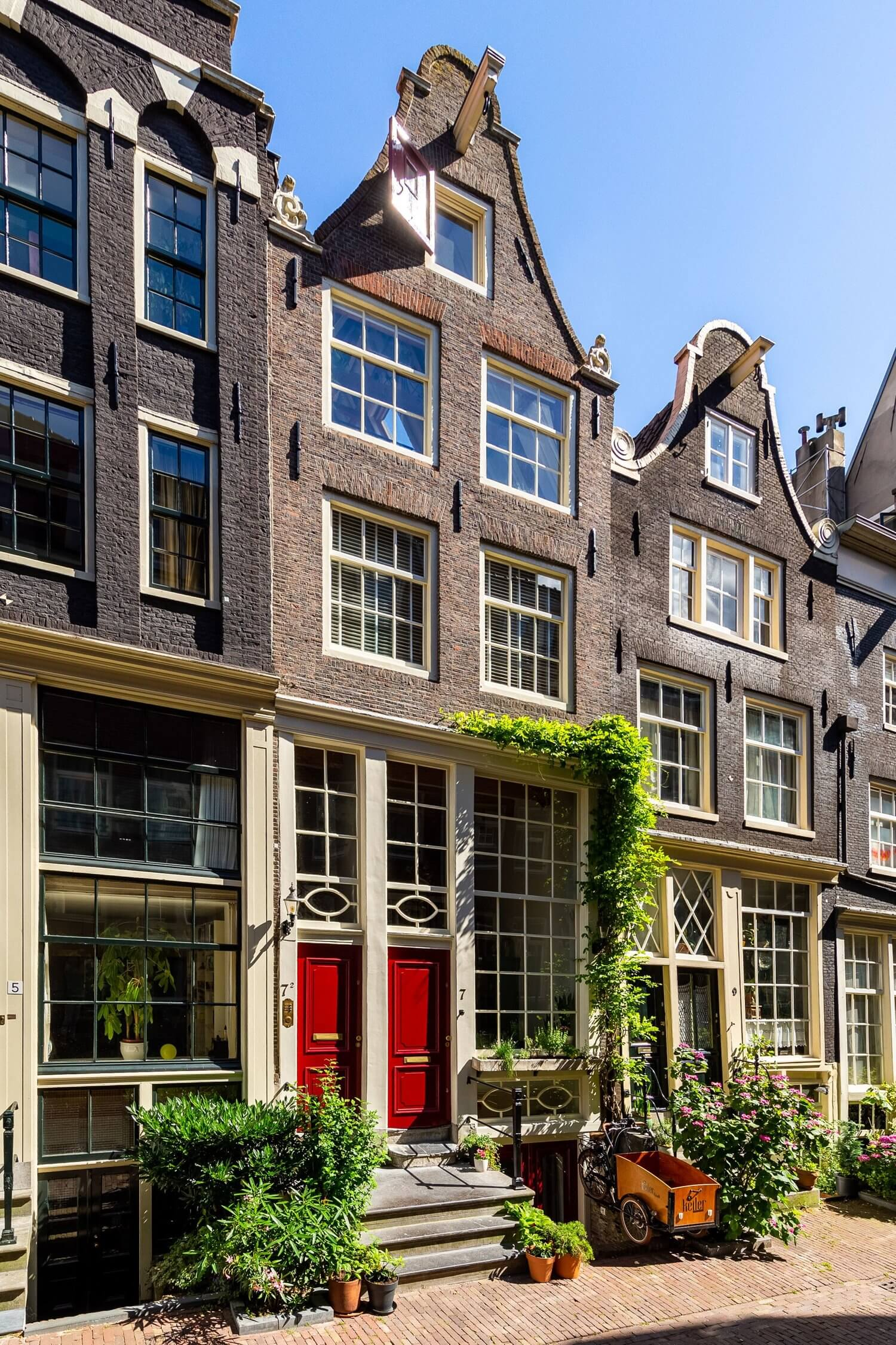 A Characteristic 17th-Century Home in Amsterdam