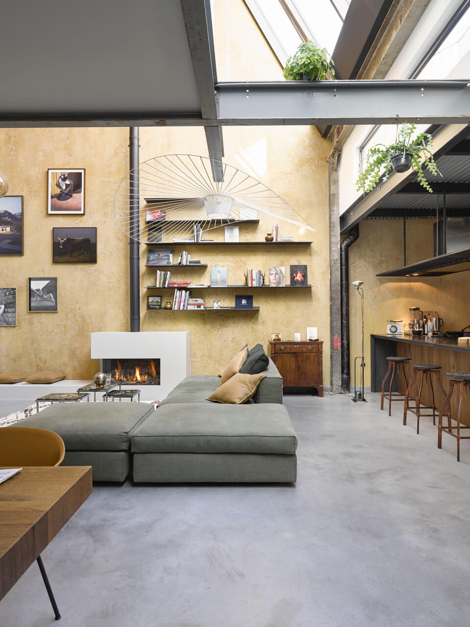 A Warm Industrial Factory Conversion in Amsterdam