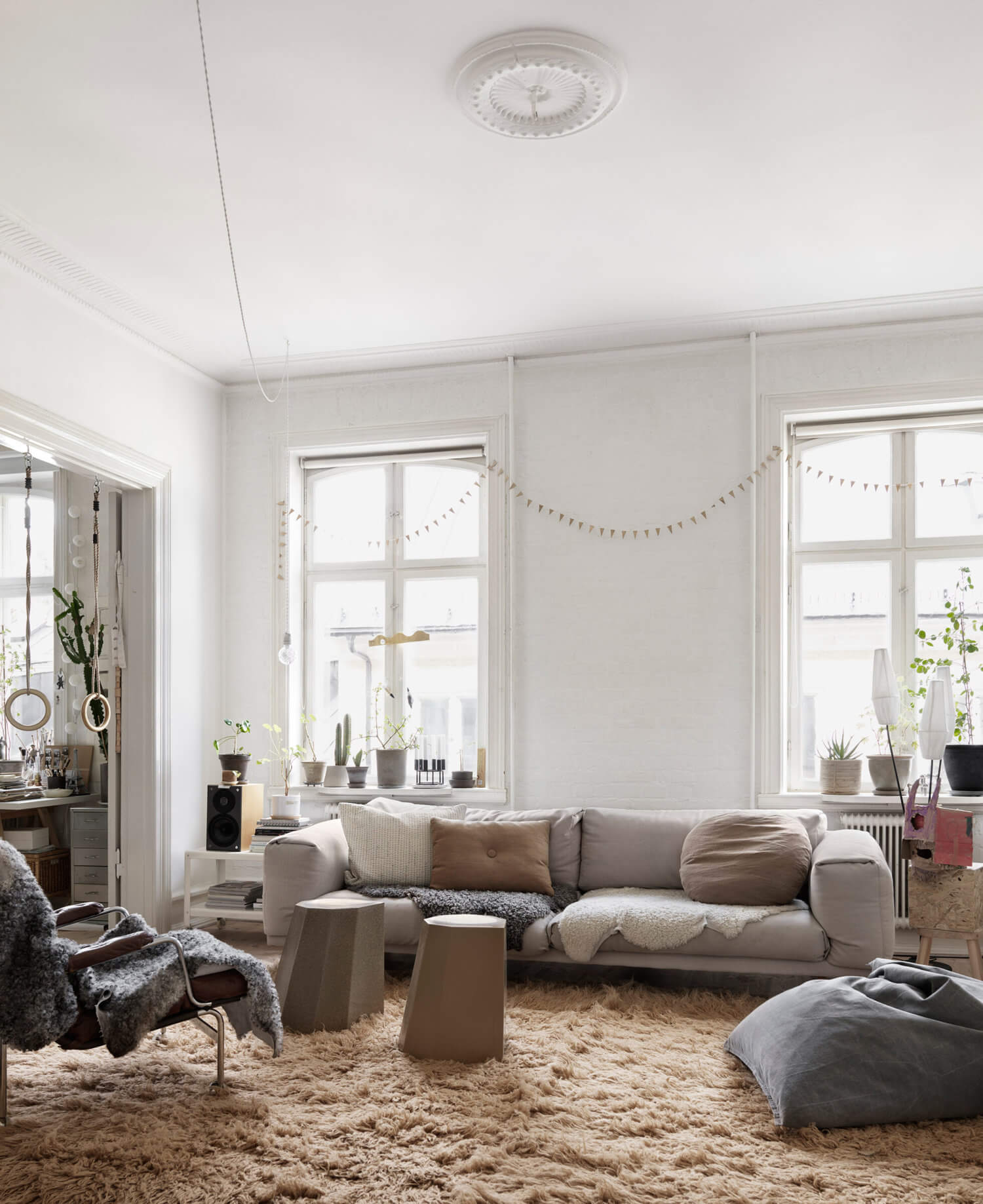Soft Neutral Tones in Nina Persson's Malmö Home