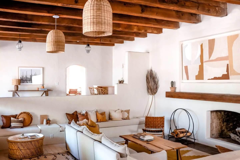 Earthy Tones in an Arizona Vacation Rental by The Joshua Tree House Team