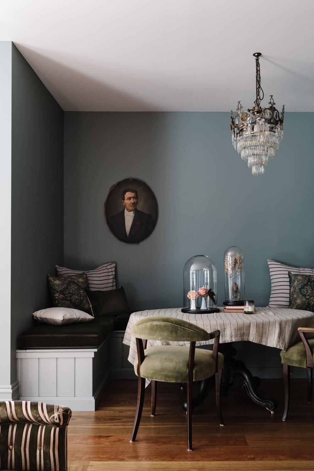 Lumière Lodge | A Creative Vintage Cottage in Australia