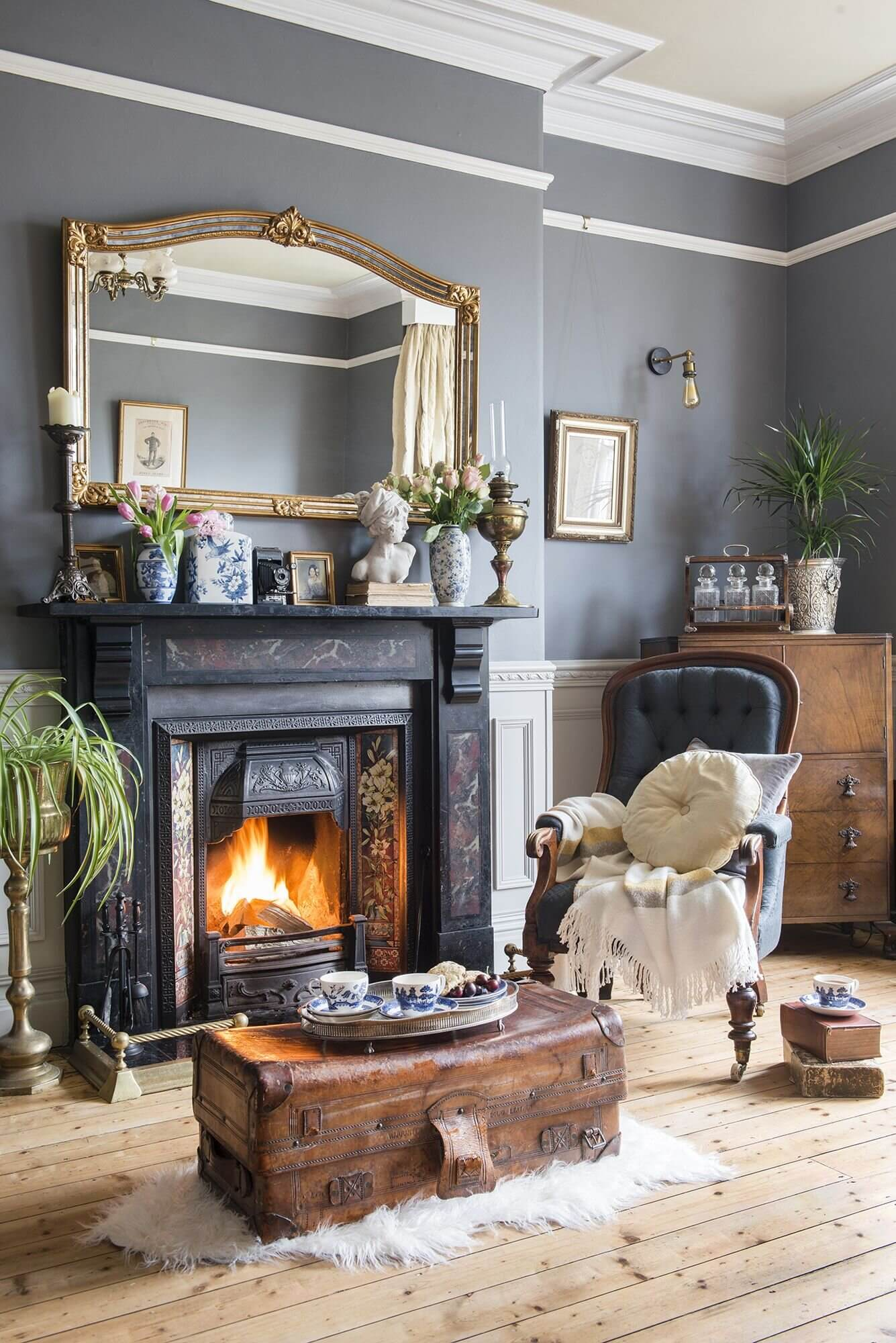 Period Charm in a Renovated Victorian Townhouse in England