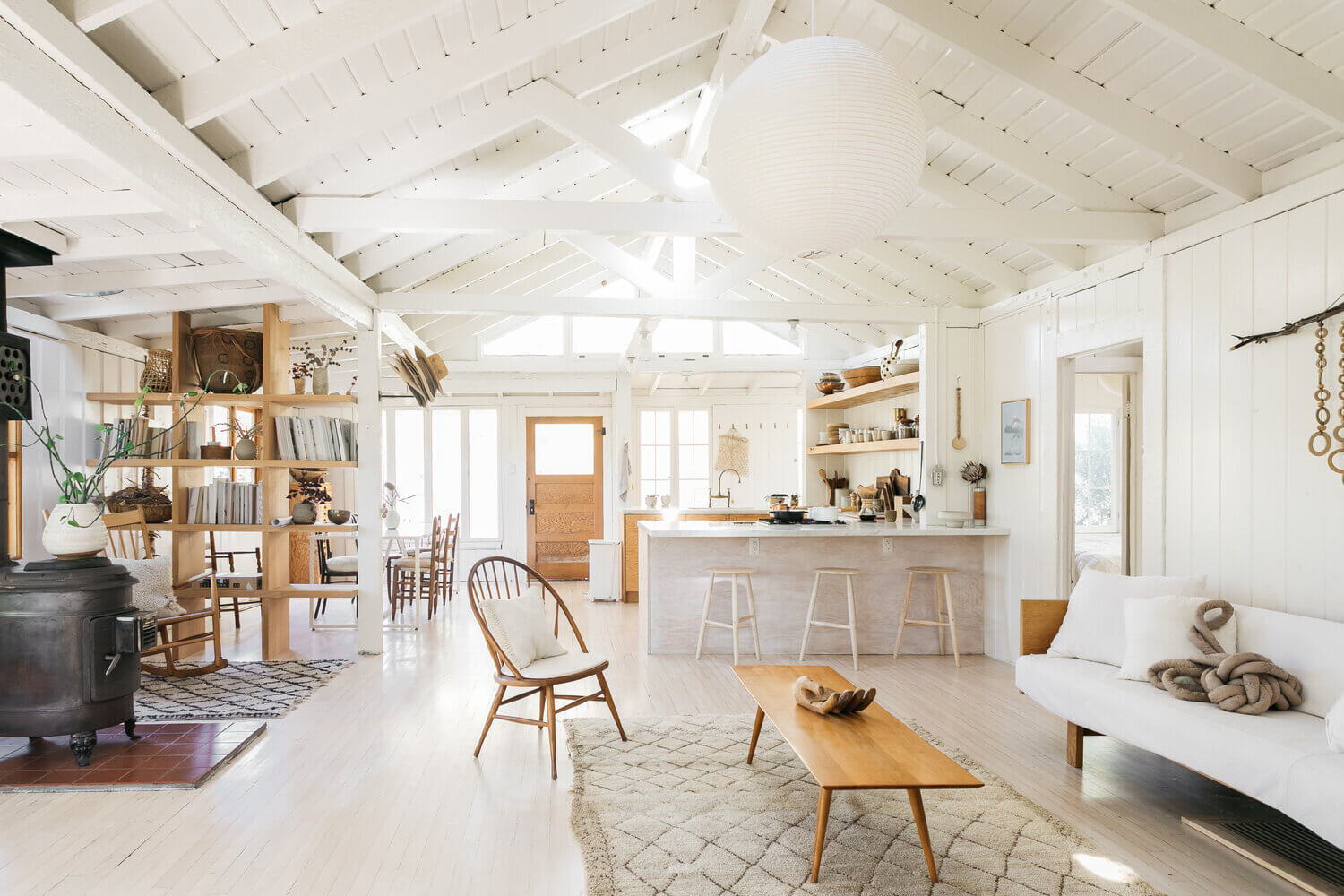 A Serene and Light Vintage Cabin in Topanga Canyon