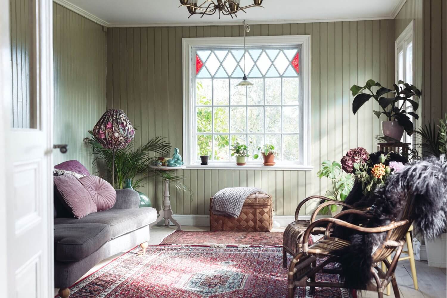 A Cozy Vintage Look For a Traditional Swedish Home