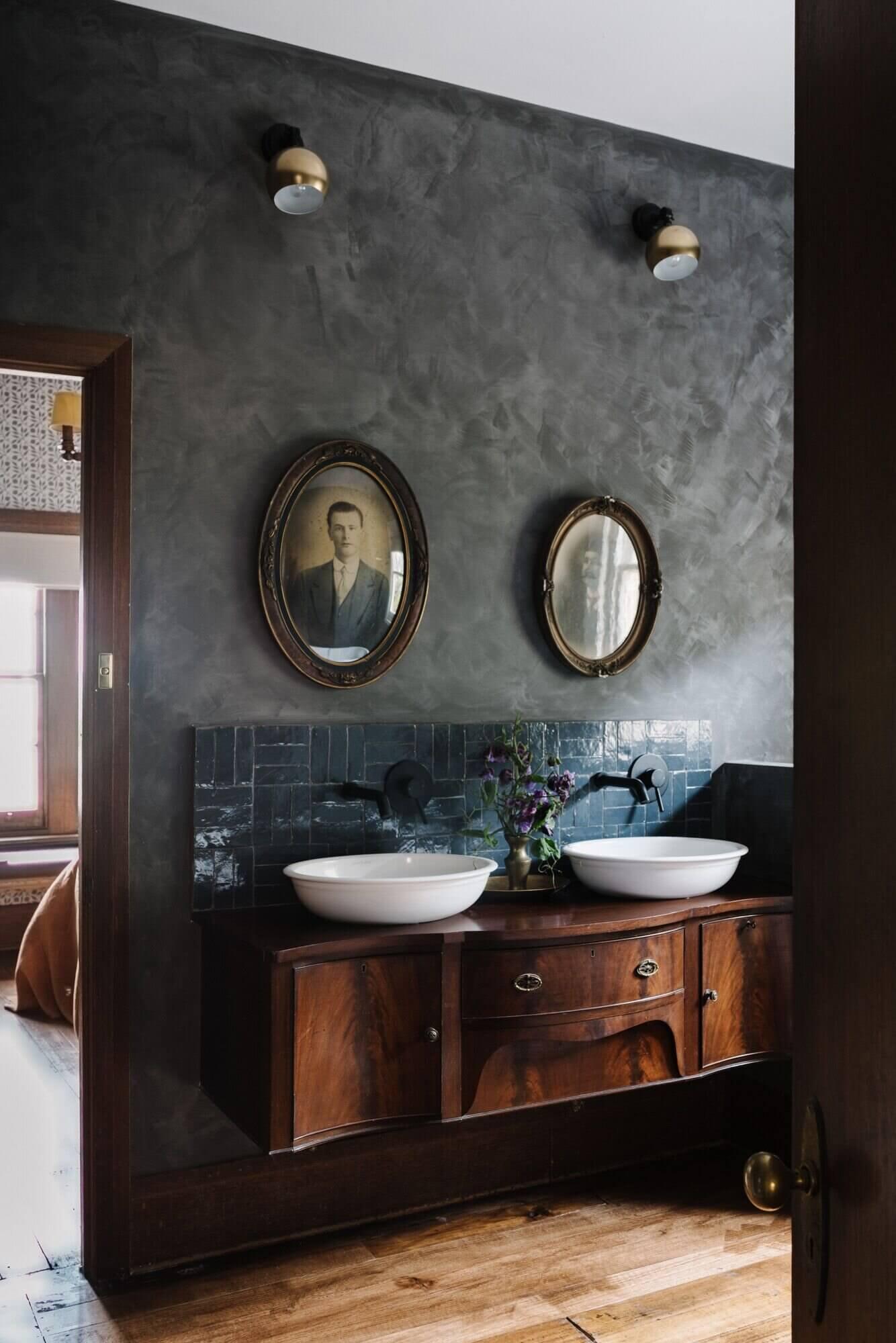 Ethelmont Rise | A Beautiful Vintage Airbnb on Tasmania