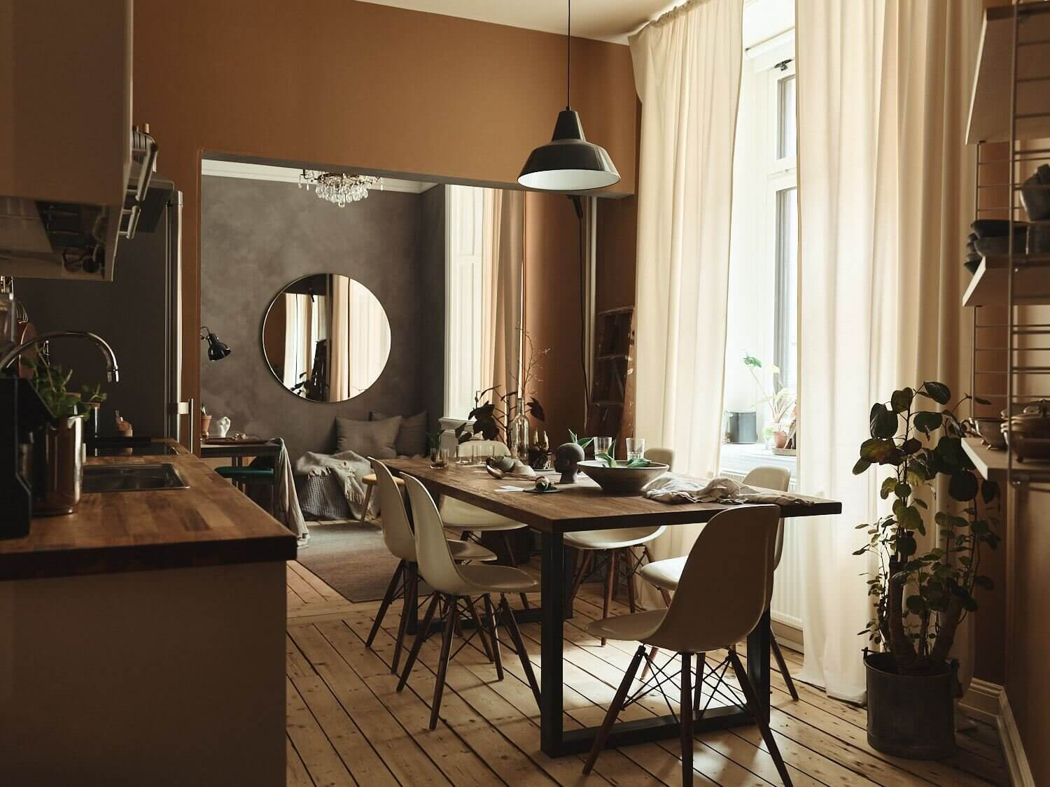 A Small Apartment Decorated in Warm Earth Tones