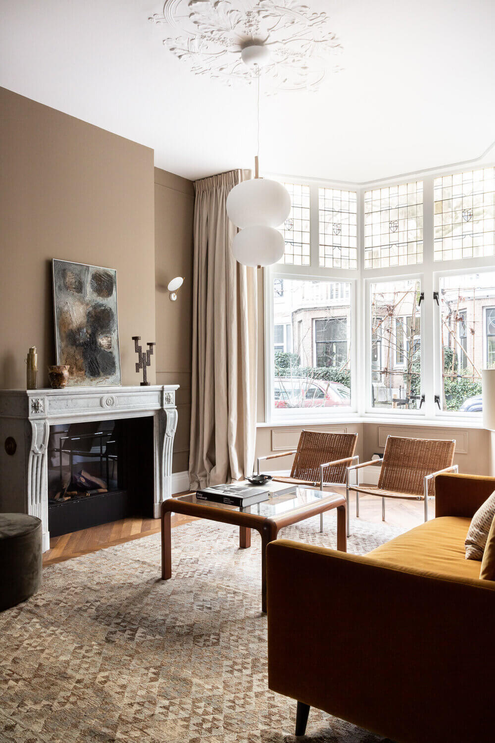 Timeless Elegance and Dusty Color Tones in a Dutch Townhouse