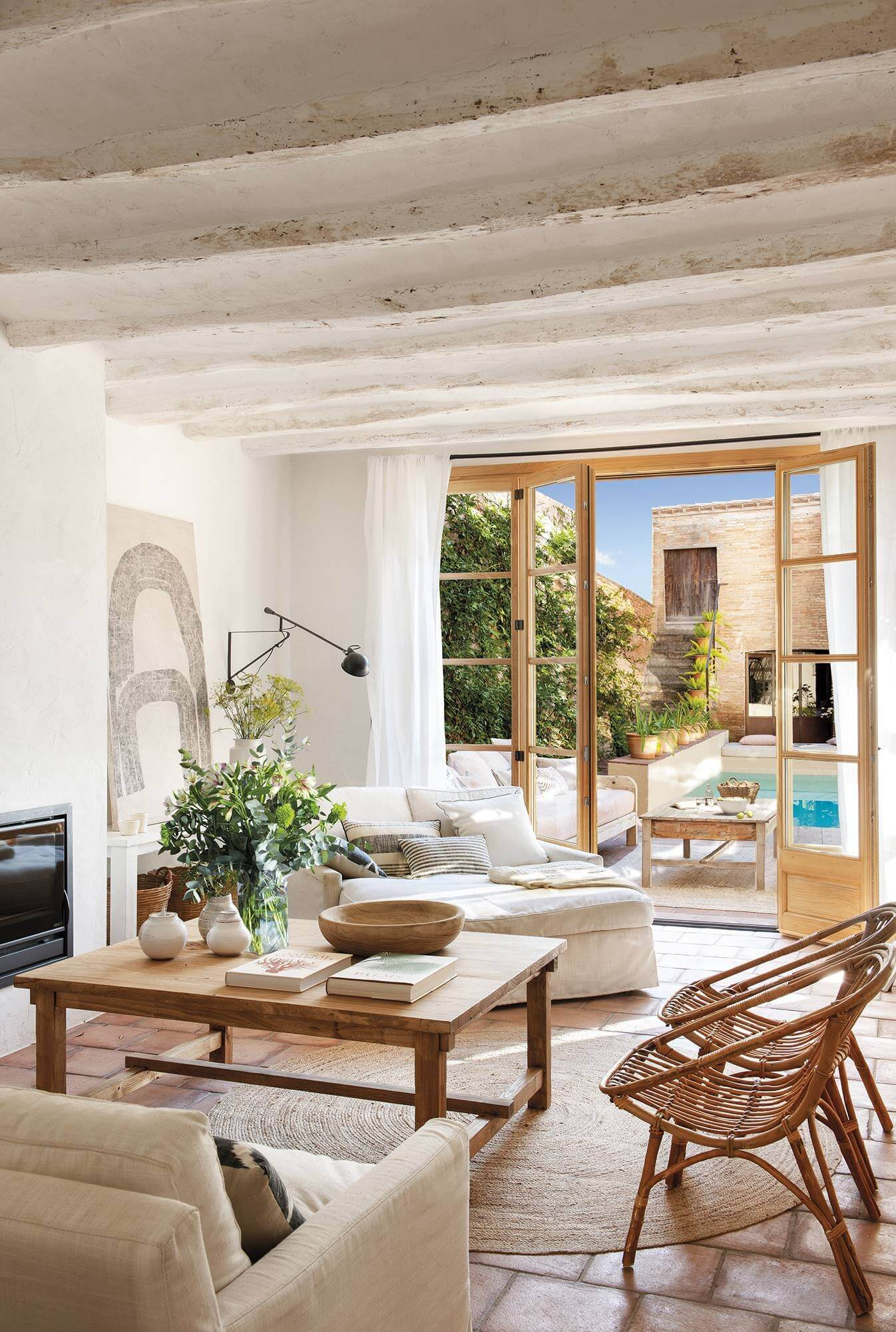 Natural Country Style in a 19th-Century Townhouse in Barcelona