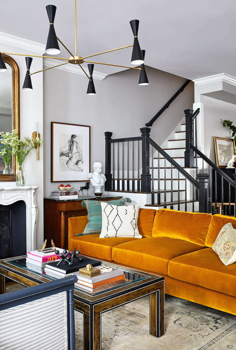 An Eclectic Washington Townhouse with Colorful Touches