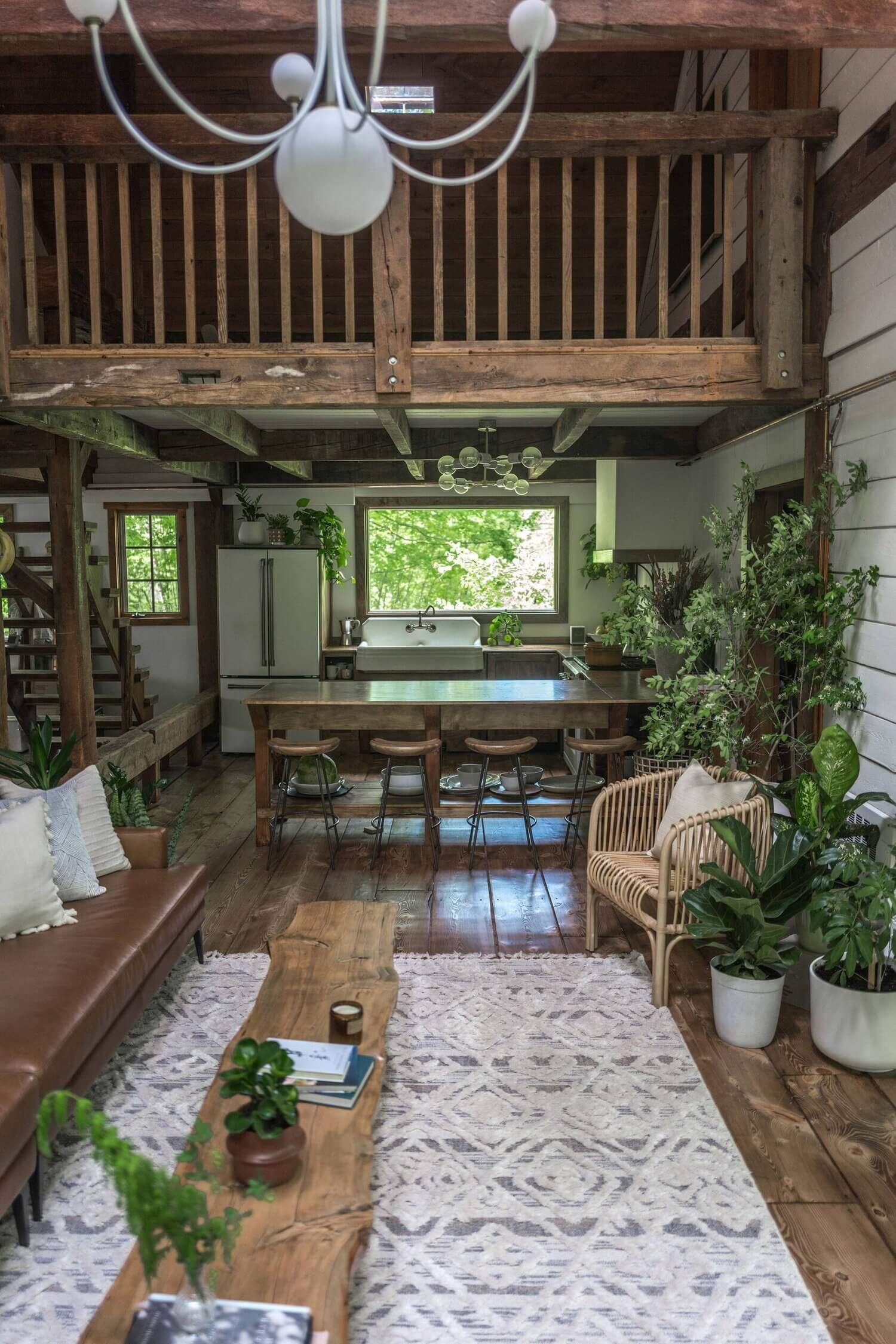 The Hunter Barnhouse: A Stylish Slow Living Airbnb Surrounded by Nature