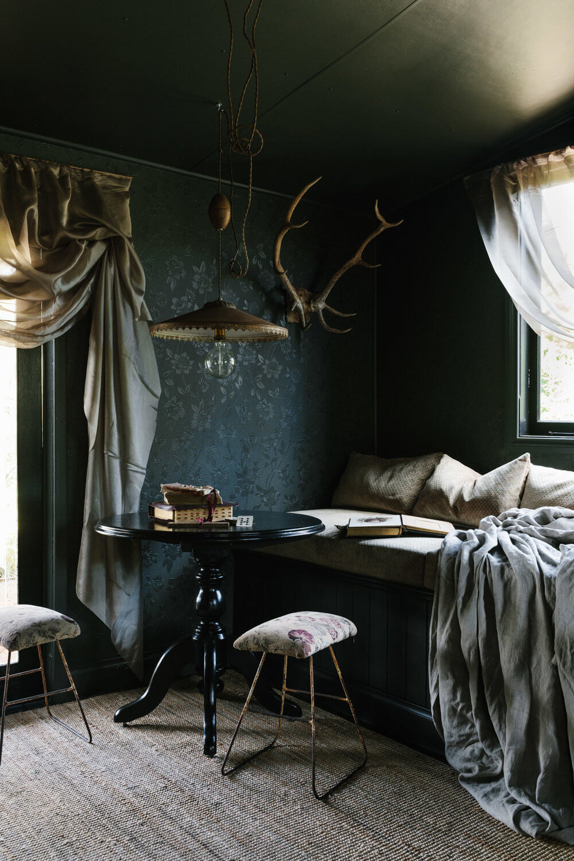 The Nun's Room: Sarah Andrews' Vintage Shack in Australia