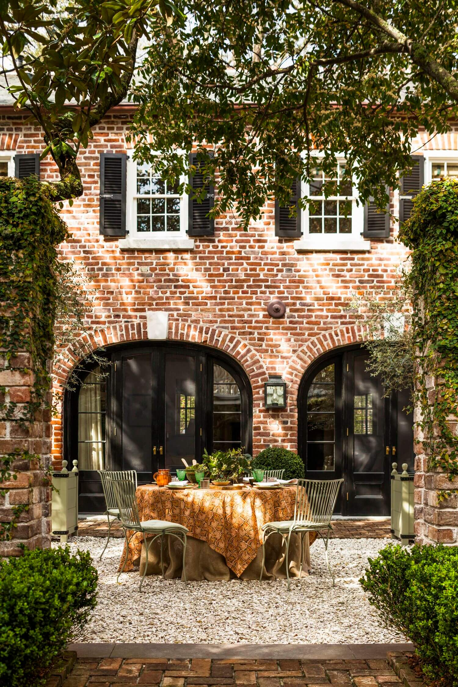 A Beautiful 19th-Century Carriage House Restoration in Charleston