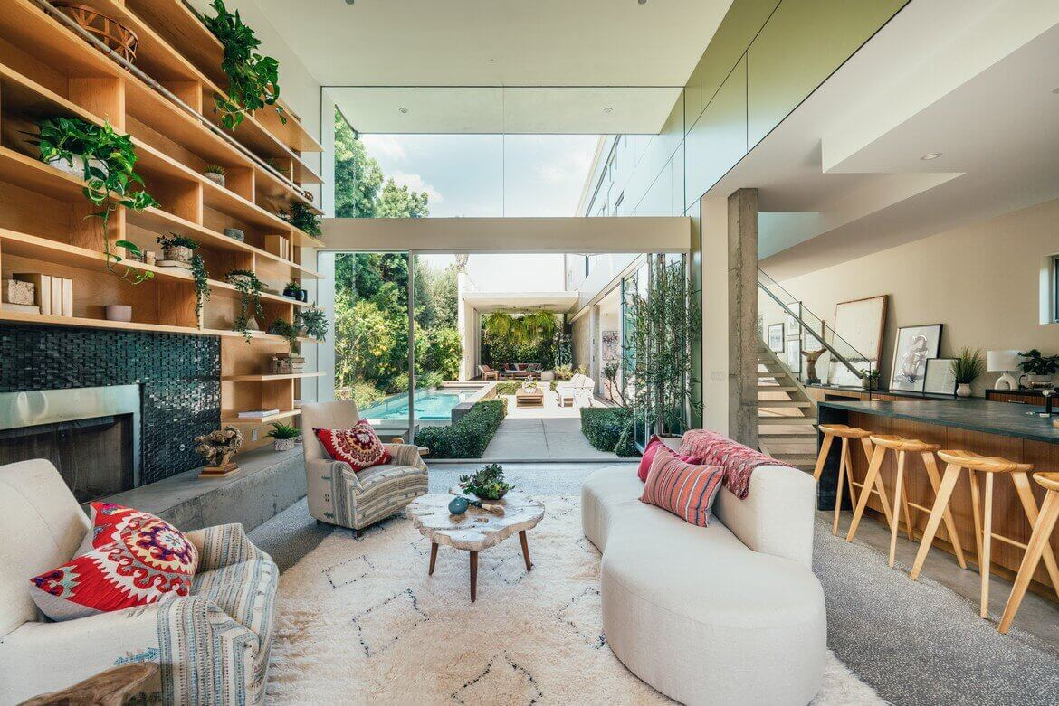 Emilia Clarke's Modern Architectural Home in Venice Is For Sale
