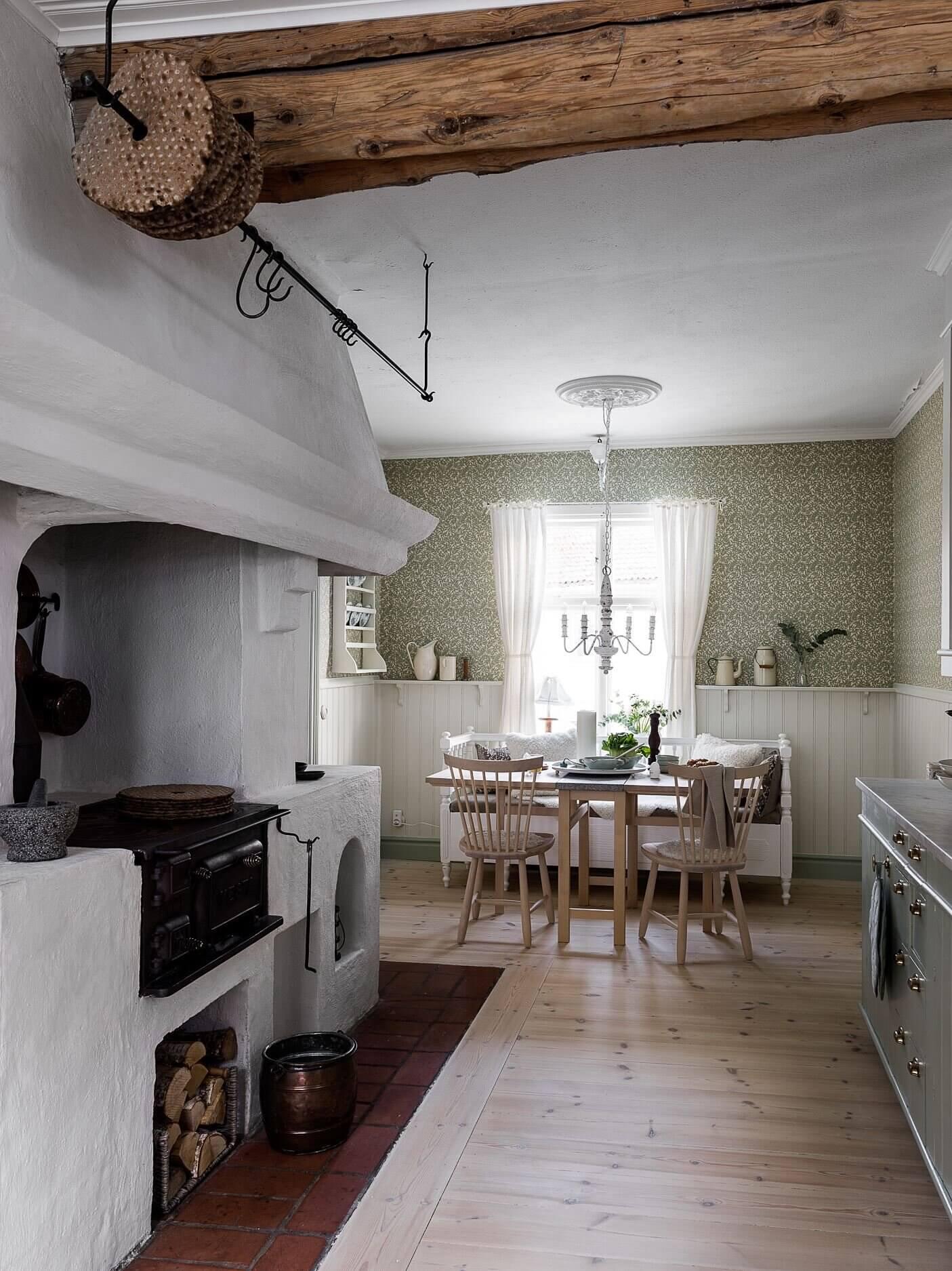 A Light Swedish Villa With Historic Charm
