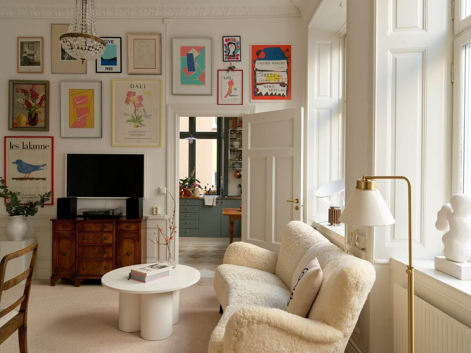 A Combination of Styles In A Historic Stockholm Apartment
