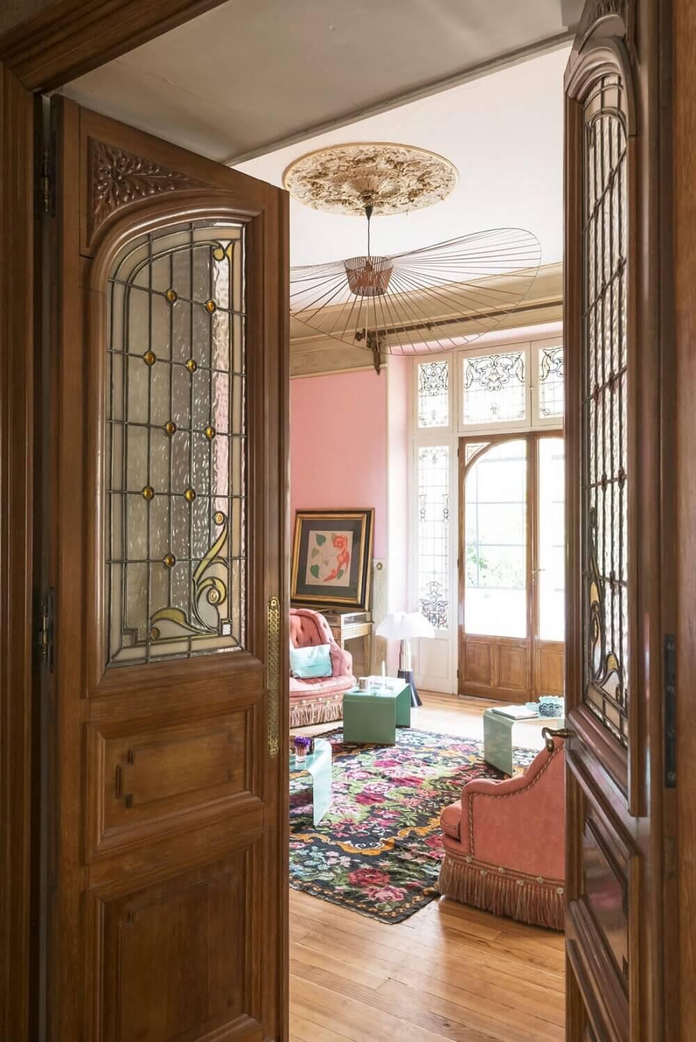 art-nouveau-villa-france-antique-nordroom