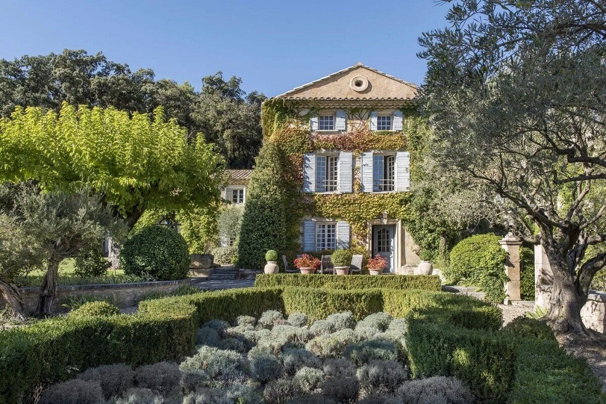 For Sale: A Beautiful 16th-Century Bastide in the Provence