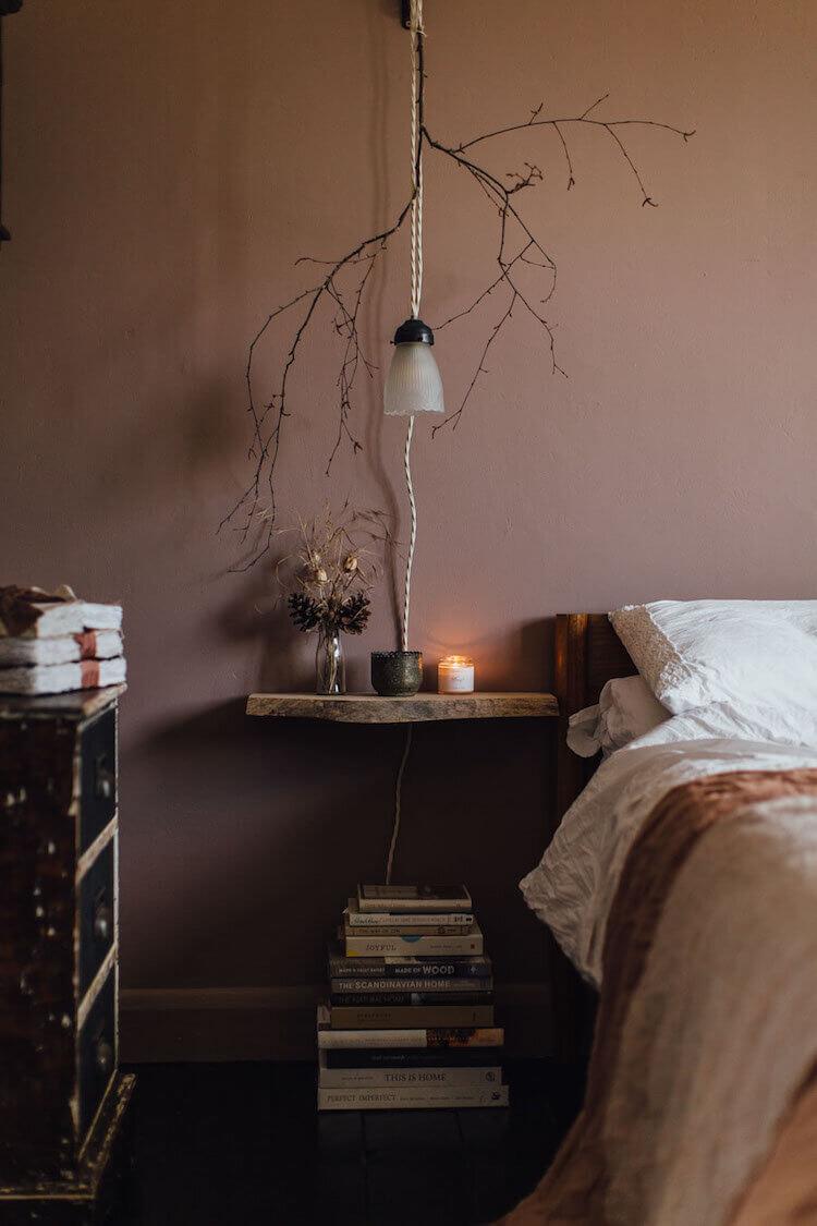 bedroom-earthy-pink-walls-nordroom