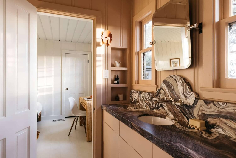 bedroom-en-suite-bathroom-midcentury-los-angeles-nordroom (1)