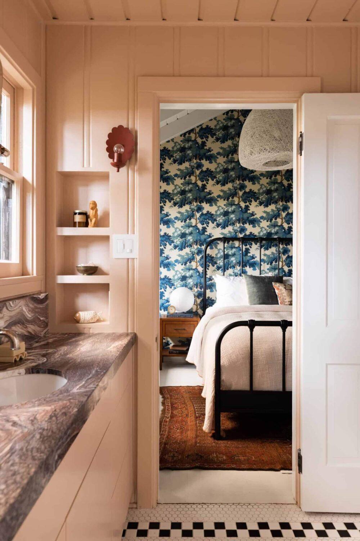 bedroom-en-suite-bathroom-midcentury-los-angeles-nordroom