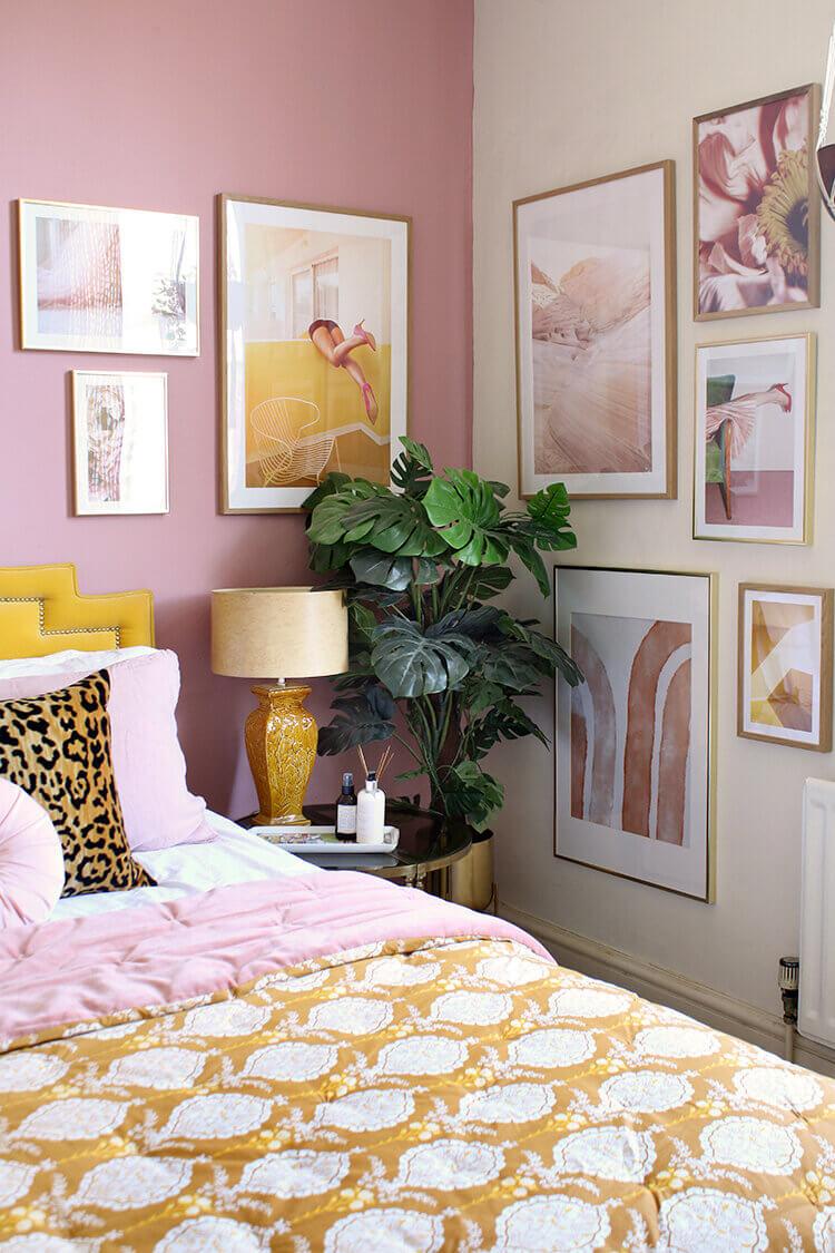 bedroom-pink-wall-art-nordroom
