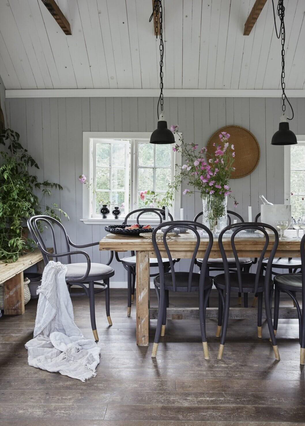 farmhouse-table-vintage-recycled-wood-salvaged-sweden-cottage-nordroom