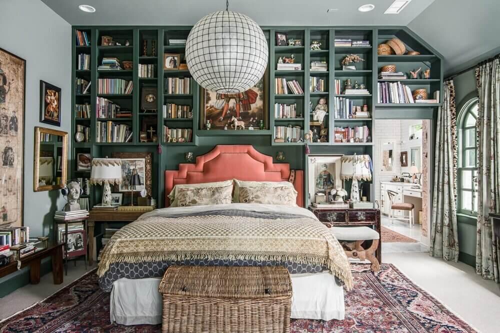 green-bookshelves-pink-headboard-louisa-pierce