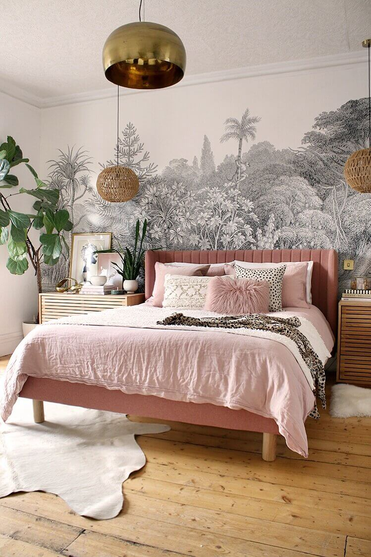 pink-bed-black-white-mural-nordroom