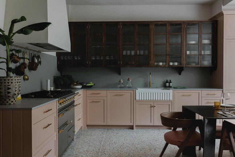 pink-kitchen-ribbed-glass-cabinets-terrazzo-floor-london-studio-duggan-nordroom