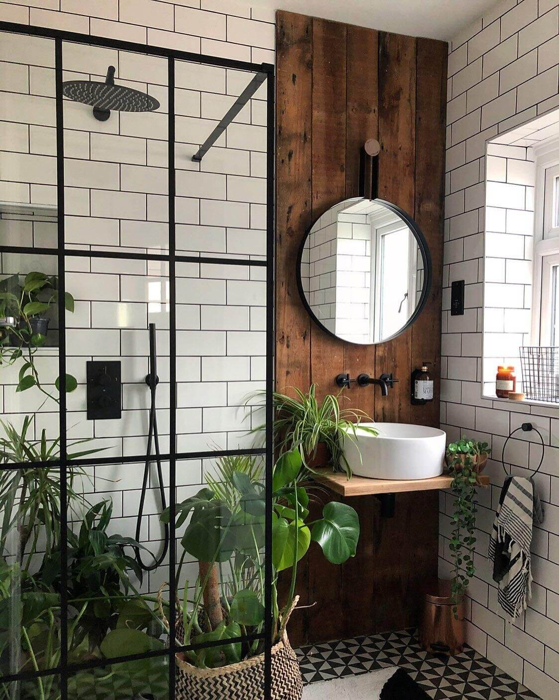 Small Bathroom Design Ideas Tips To, Small Bathroom Appear Bigger