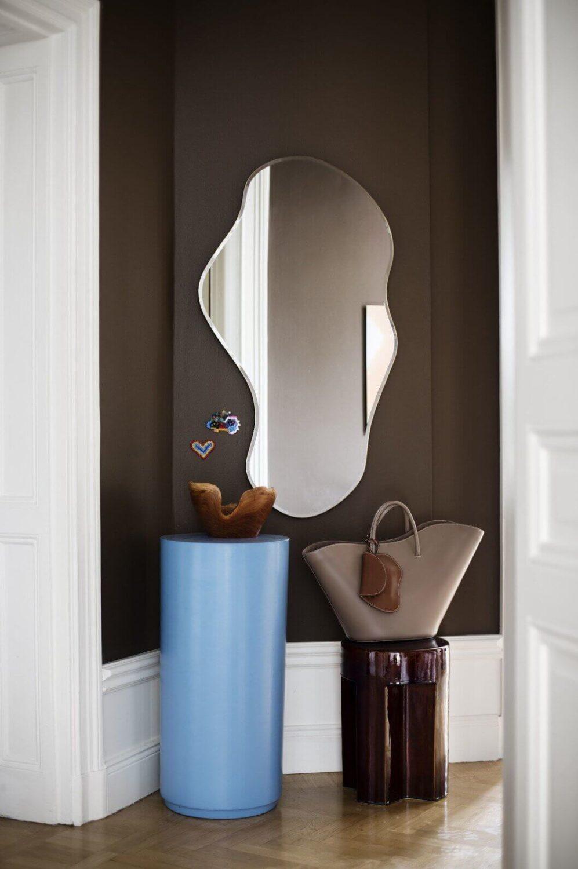 chocolat-brown-hallway-eclectic-apartment-nordroom