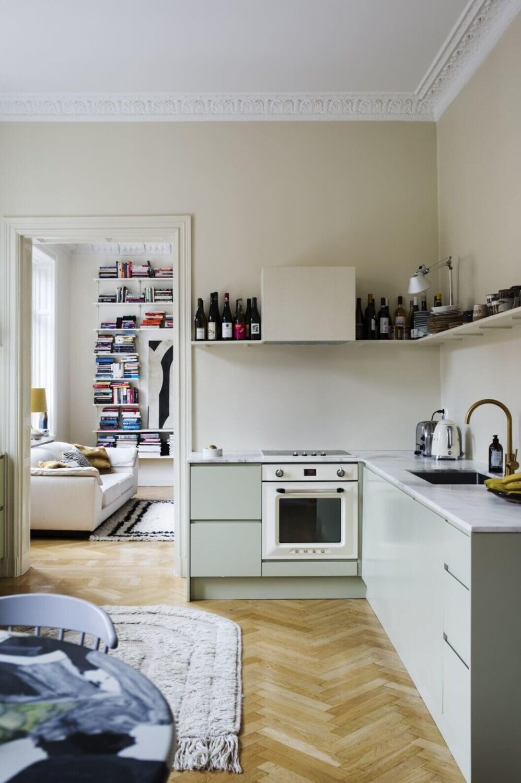 light-kitchen-scandinavian-apartment-nordroom