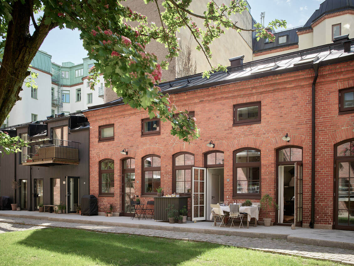 A Small Scandinavian Maisonette in a Historic Building