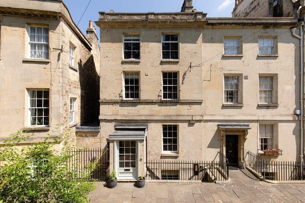 serene-townhouse-bath-garden-gainsborough-nordroom