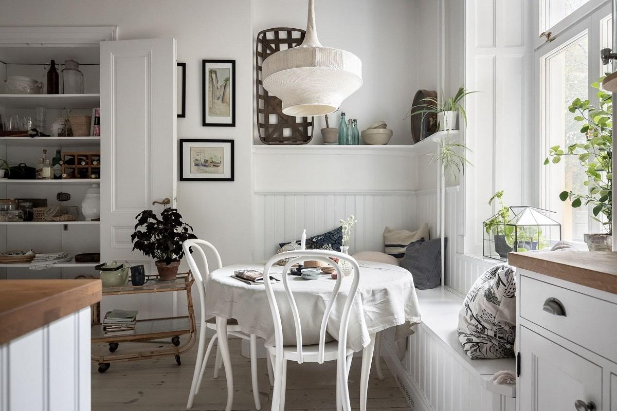 white-kitchen-window-seat-bright-natural-scandinavian-apartment-period-details-nordroom
