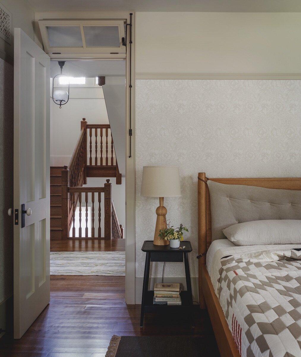 bedroom-iowa-city-house-jessica-helgerson-nordroom