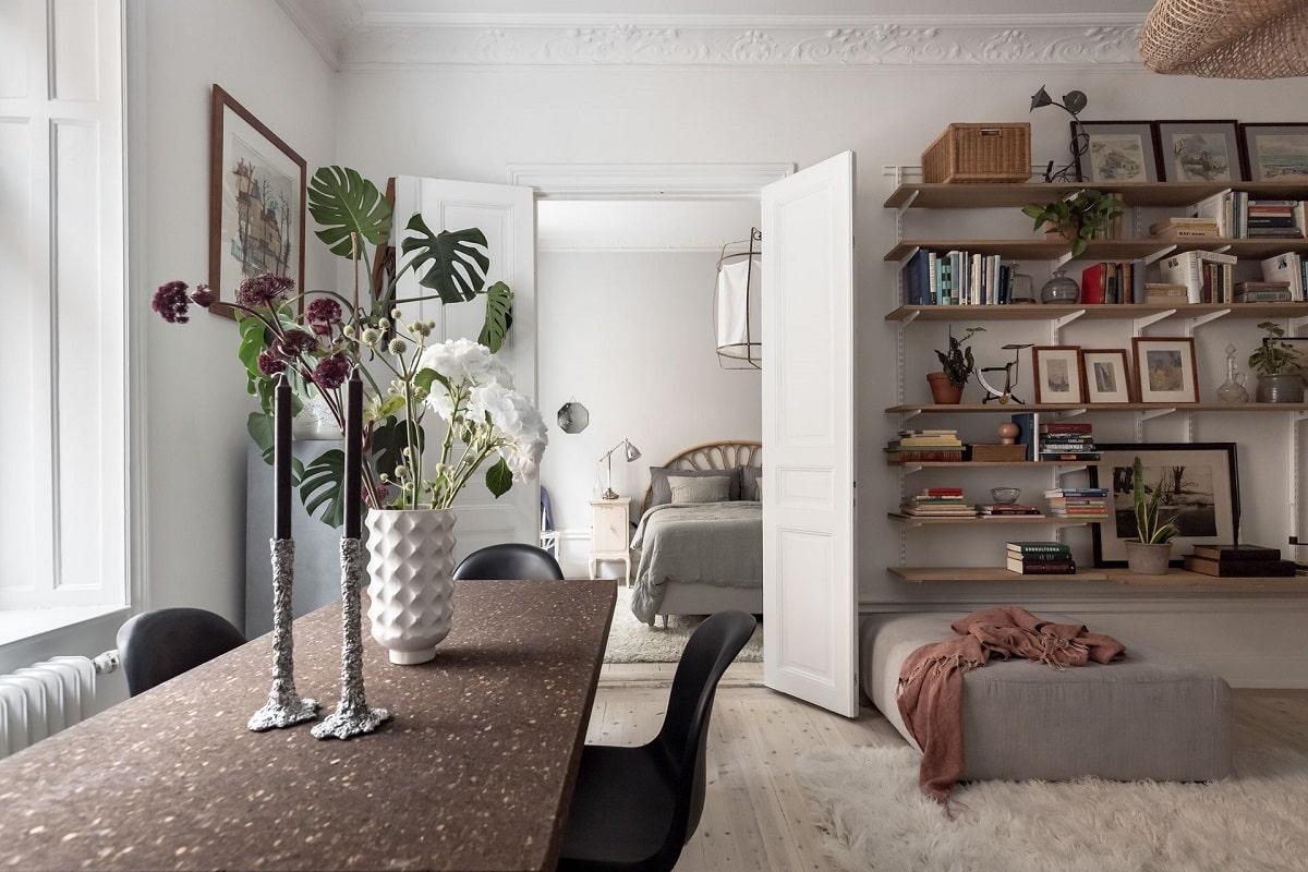 bright-natural-scandinavian-apartment-period-details-nordroom
