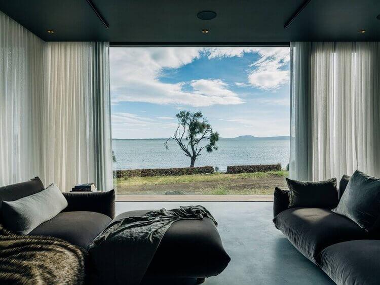 eton-beach-house-stylish-holiday-cottages-tasmania-nordroom