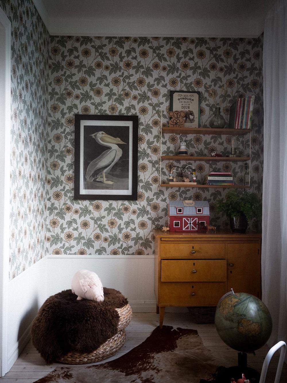 childrens-room-wallpaper-vintage-decor-scandinavian-apartment-nordroom